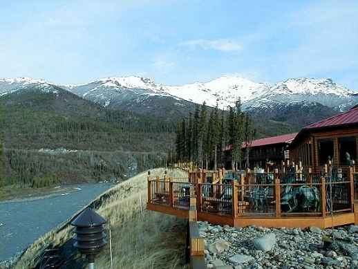 Alaskan cruisetour photo gallery day 9 10 a place in for Denali national park cabins